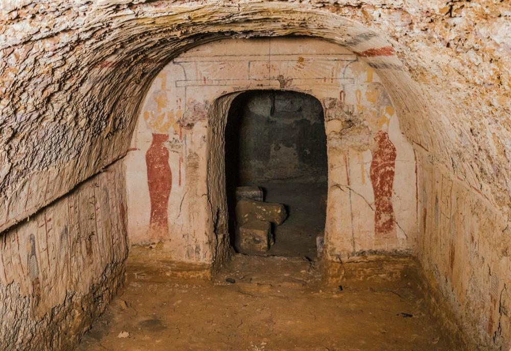 Tumba subterránea de la reina Khennuwa en Meroe.